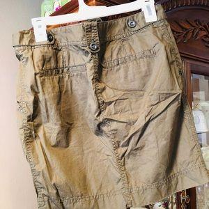 Ann Taylor Loft Green Cargo Skirt SZ 0 EUC NWOT